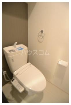 MDIグラシオヴィータ仲原 103号室のトイレ