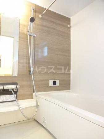 クリスコーラ 102号室の風呂