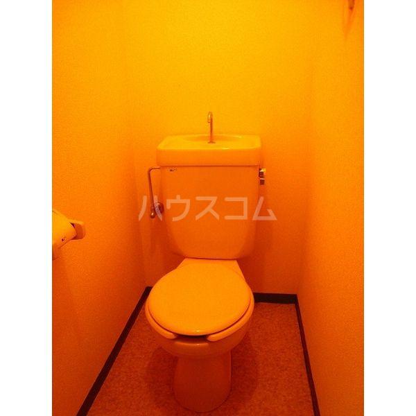 アメニティライフⅡ 303号室のトイレ