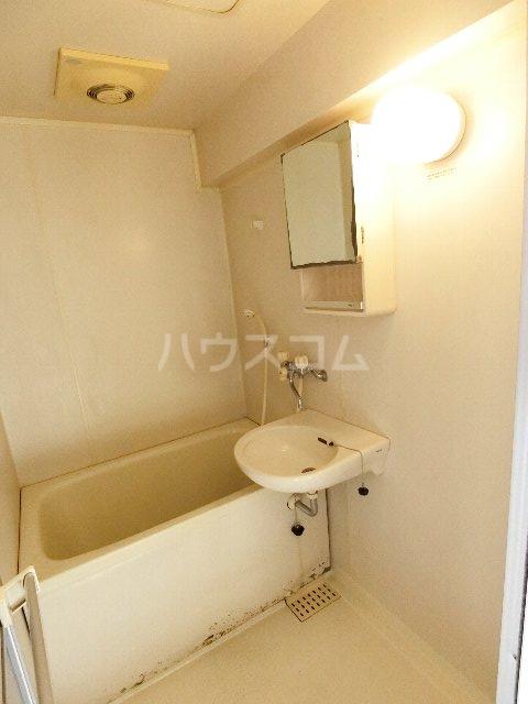 リポーズ310 501号室の風呂