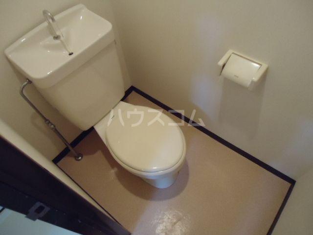 ジュネス奥田Ⅱ 101号室のトイレ