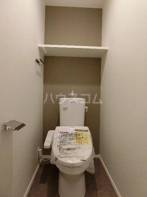 エンクレスト博多EASTPARK 208号室のトイレ