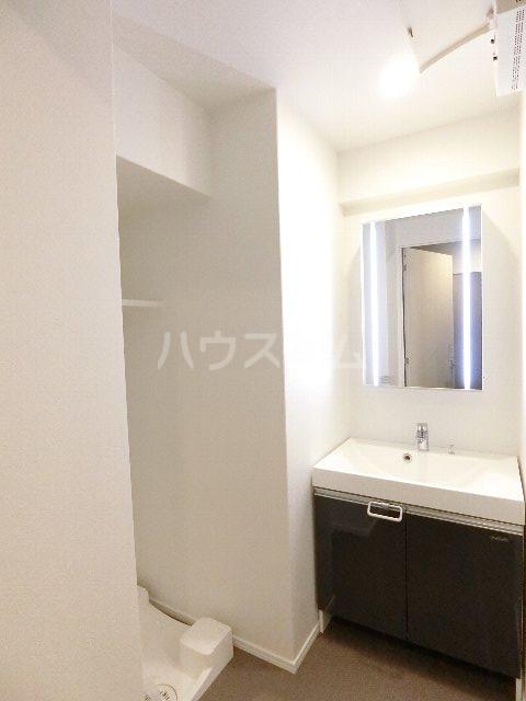 エンクレスト博多EASTPARK 230号室の洗面所