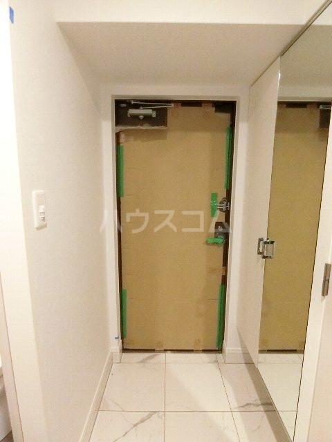 エンクレスト博多EASTPARK 230号室の玄関