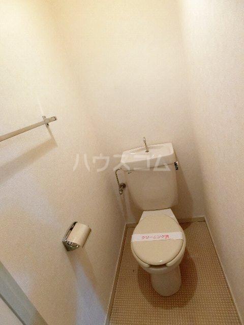 ドミールケンゾー 105号室のトイレ