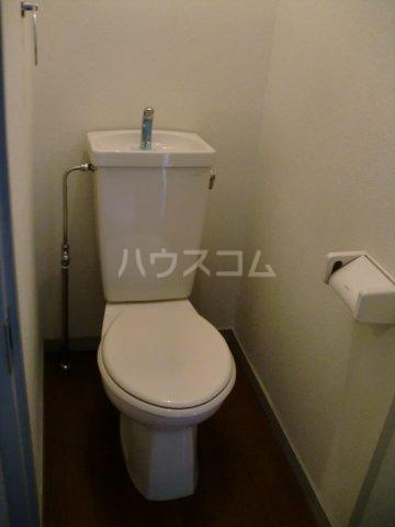 モンターニュ2 202号室のトイレ