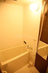 アムール千早 201号室の風呂