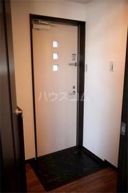 アムール千早 201号室の玄関