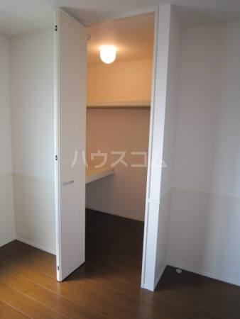 ボヌール 105号室の収納