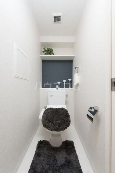 ネストピア博多駅前Ⅲ 203号室のトイレ