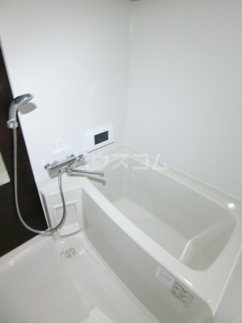 GRANDTIC PROGRESS箱崎 201号室の風呂