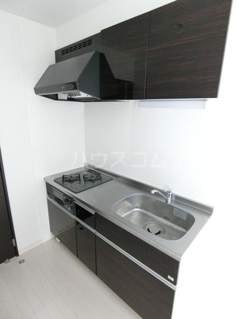 GRANDTIC PROGRESS箱崎 201号室のキッチン