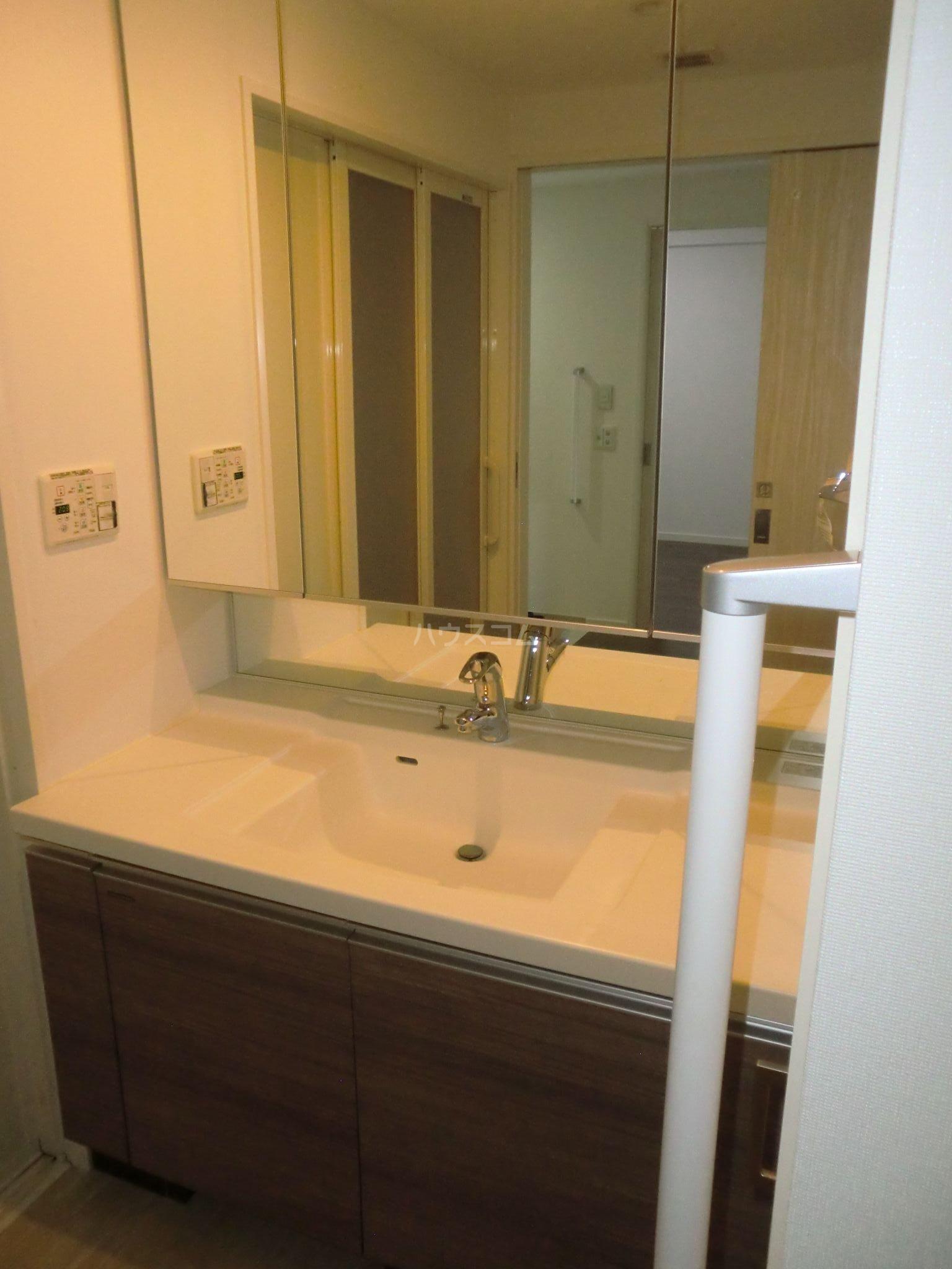 モントーレラコルタユニバ通り 503号室の洗面所