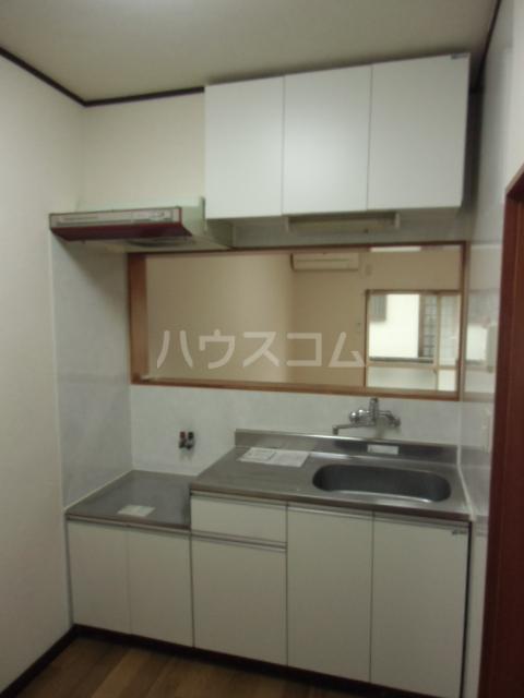 レジデンスマツ 103号室のキッチン