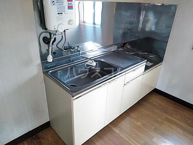 塩崎コーポ 101号室のキッチン