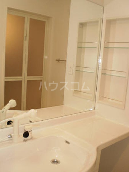 ハート・レイ彩佳 A201号室の洗面所