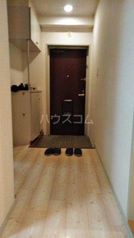 ペアシティ久喜弐番館 303号室の玄関