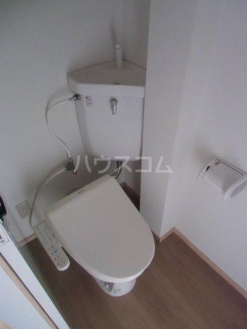 オベント森 106号室のトイレ