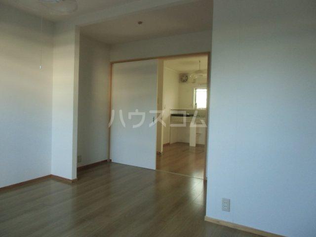 オベント森 106号室の居室
