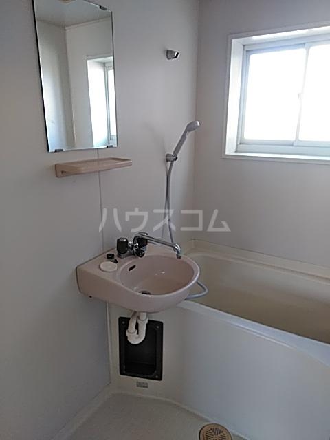 誠コーポ 201号室の風呂