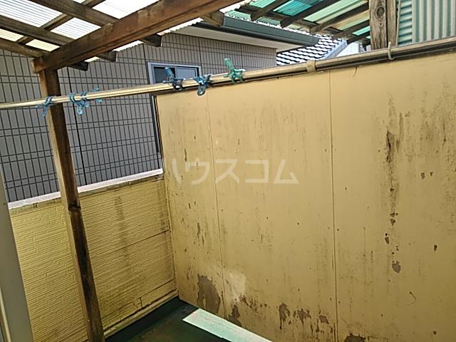 誠コーポ 201号室のバルコニー