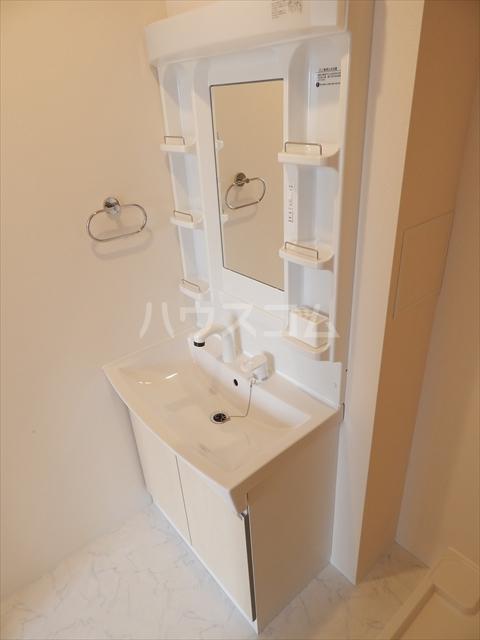 ピースフリー 202号室の洗面所