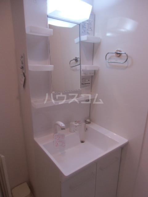 シャルマン 101号室の洗面所