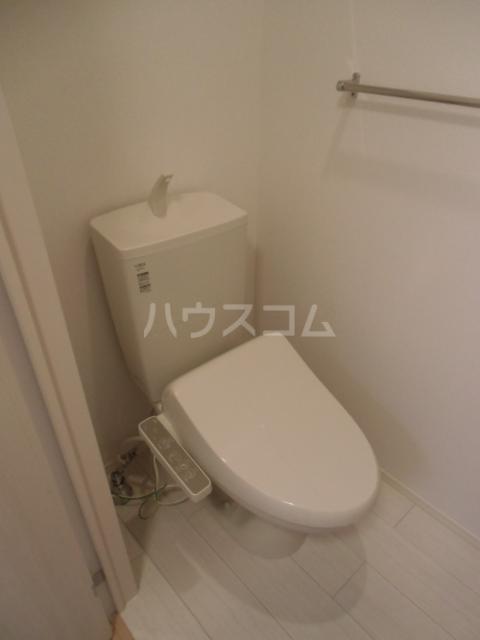 シャルマン 203号室のトイレ