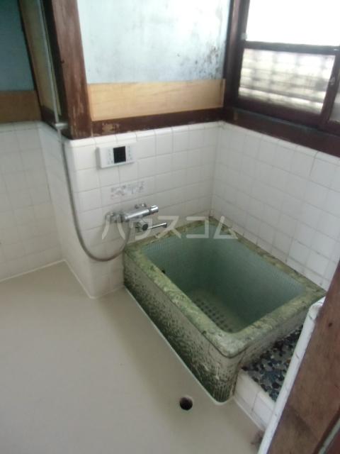 志多見3LDK戸建の風呂