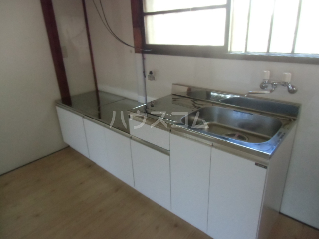 志多見3LDK戸建のキッチン