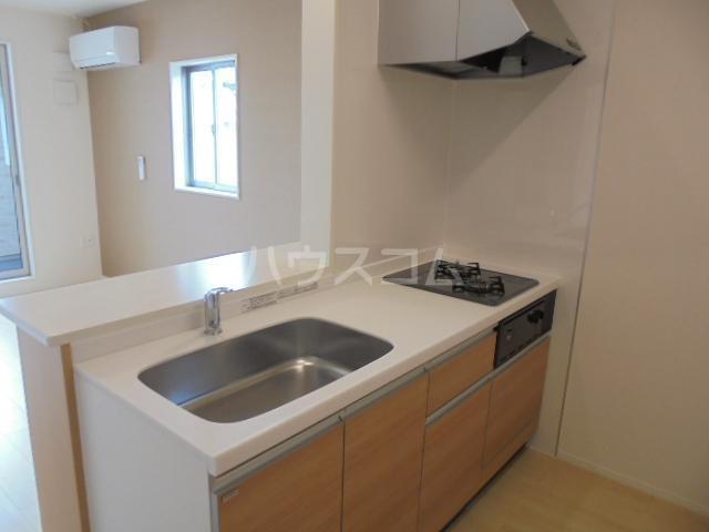 グランベル・ハウス 203号室のキッチン