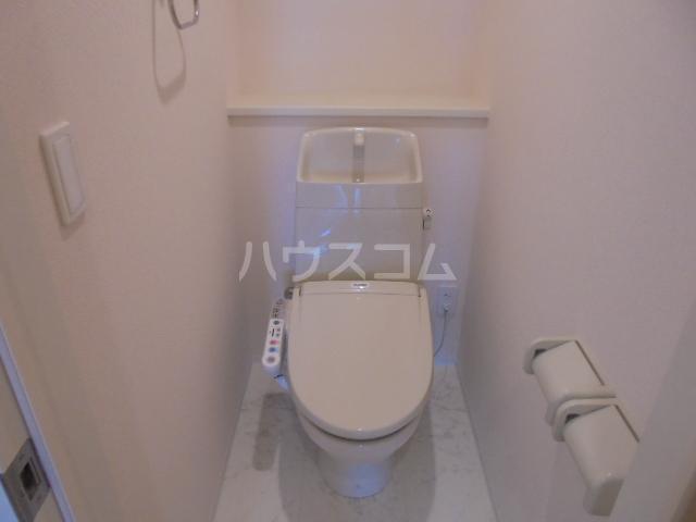 グランベル・ハウス 203号室のトイレ