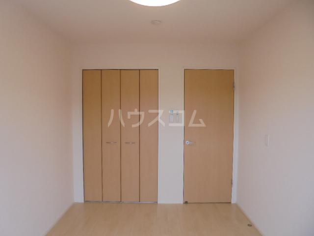 グランベル・ハウス 203号室の居室