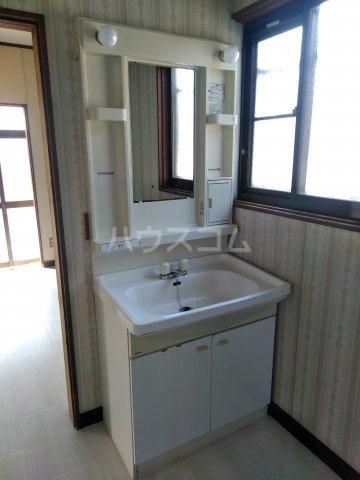 浅間台住宅Fの洗面所