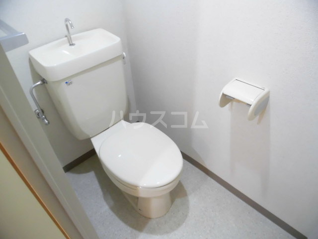 RAINIER 101号室のトイレ