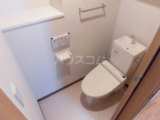 西斗 102号室のトイレ