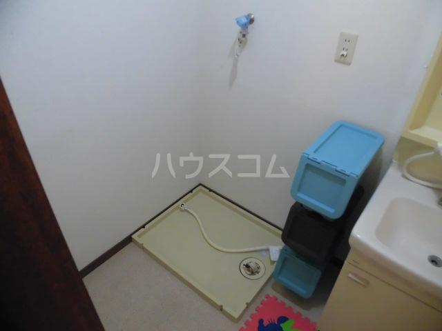 コスモスB 202号室の洗面所