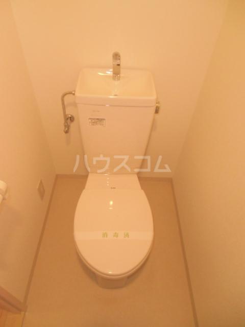 セラヴィー参番館 101号室のトイレ