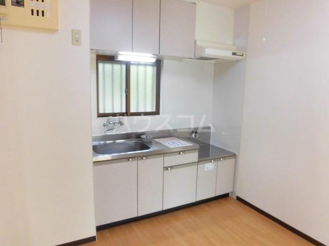 エコパルⅡ 201号室のキッチン