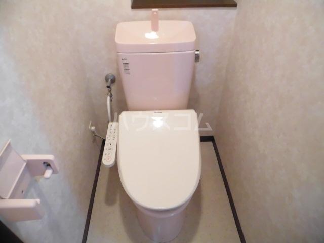 ラフィーネ掛川aⅠ 102号室のトイレ