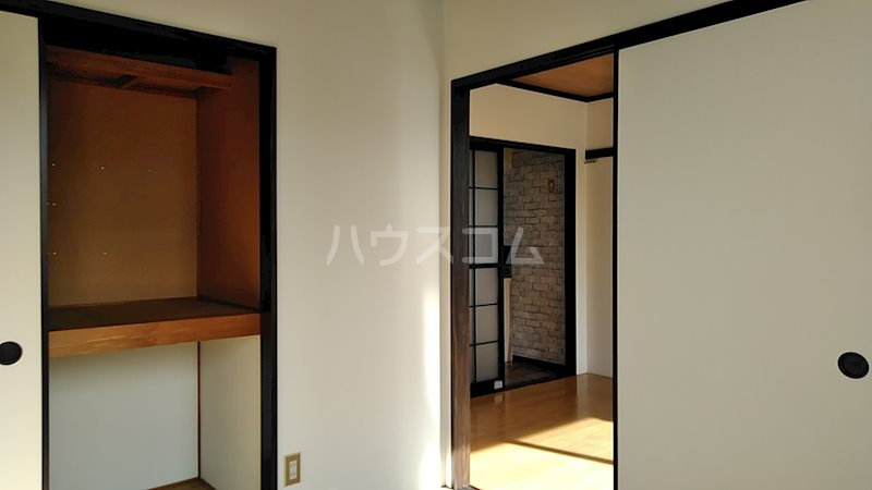 フォーブル掛川 203号室の収納