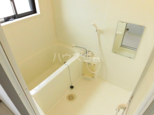 フローリア 105号室の風呂