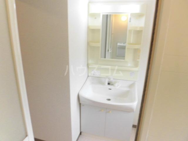 フローリア 105号室の洗面所