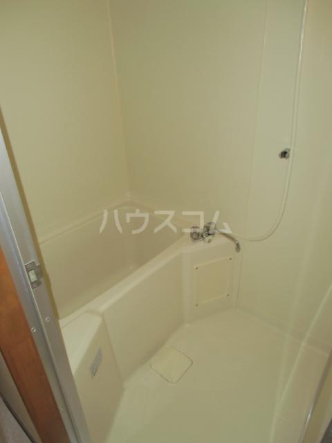 ハイツ百合の木Ⅰ 301号室の風呂