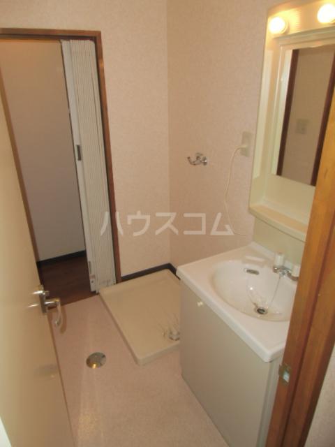 ハイツ百合の木Ⅰ 301号室の洗面所