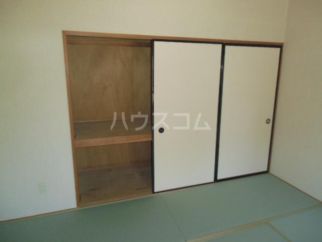 ハイツ百合の木Ⅰ 301号室のベッドルーム