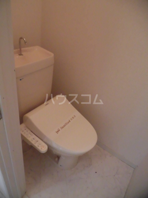 シャト―森平 105号室のトイレ