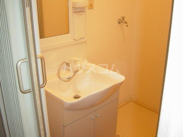 シャト―森平 202号室の洗面所