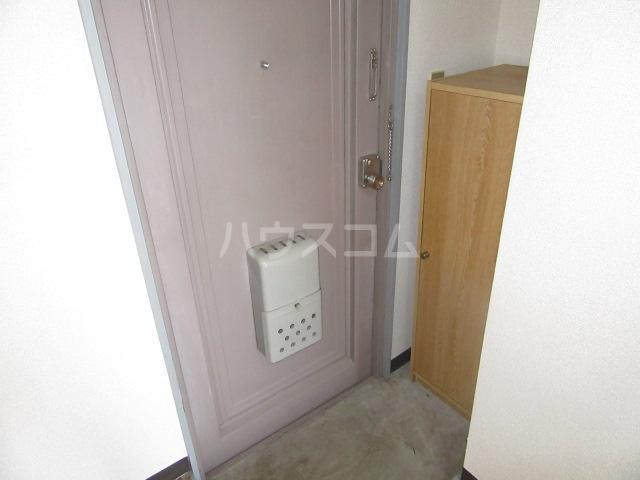 グリーンヒル 402号室の玄関