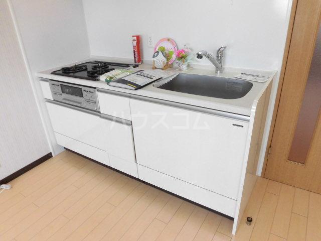 レジデンスHARUMI 403号室のキッチン